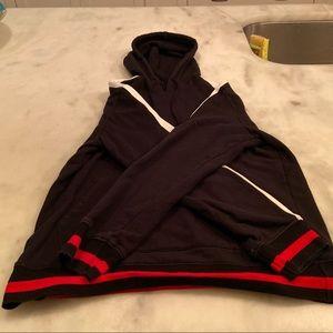 Black barely worn Pacsun hoodie.